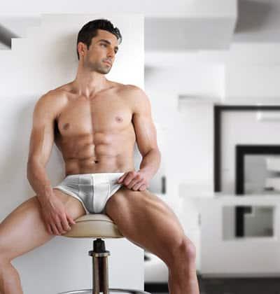mannelijk webcam model in onderbroek